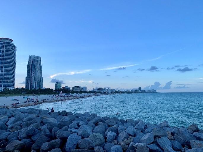 Miami Beach front @ dusk
